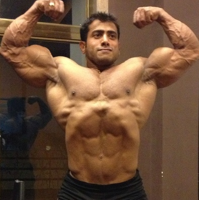 BodyBuilder Suhas Khamkar Caught Red Handed taking bribe of Rs 50000