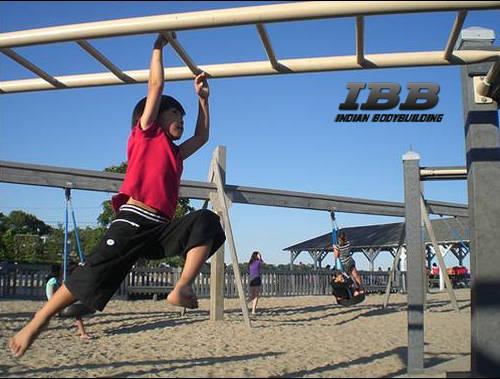 Kids Workout Monkey Bar Hang