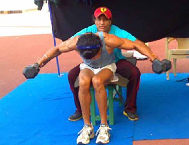 Farhan Akhtar Weight Training