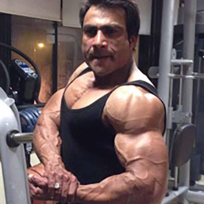 Malik Israr Posing