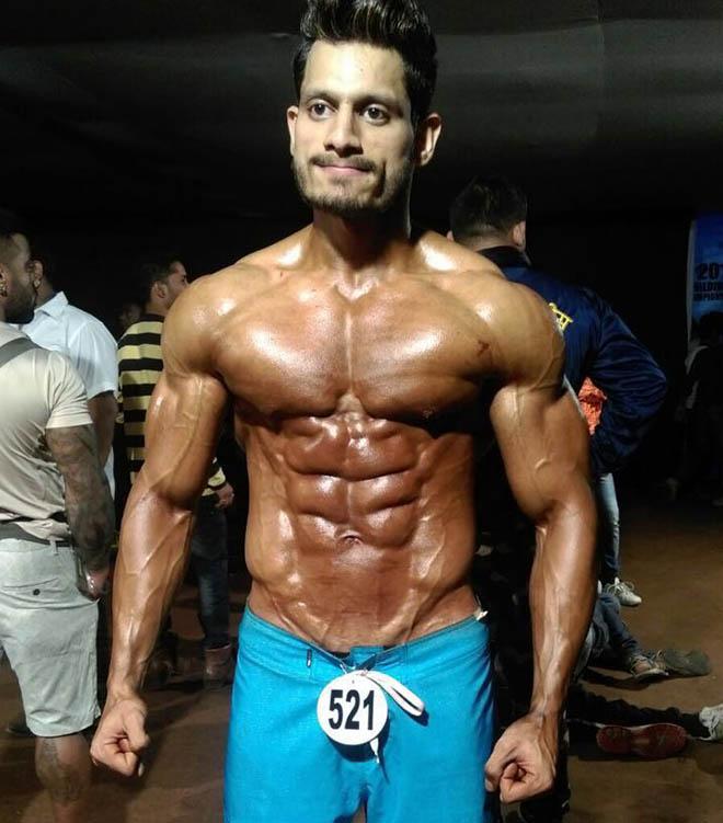 Manoj Patil Mr India Back stage - IBB - Indian Bodybuilding