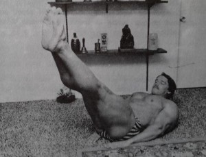 Rare Arnold Photos Leg raise
