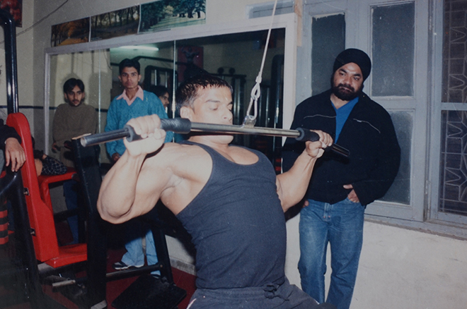 Yatinder Singh Working out