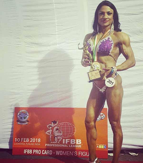 Rita Singh Wins IFBB Pro Card